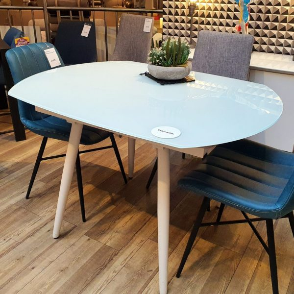 chelsea-twist-dining-table-chairs