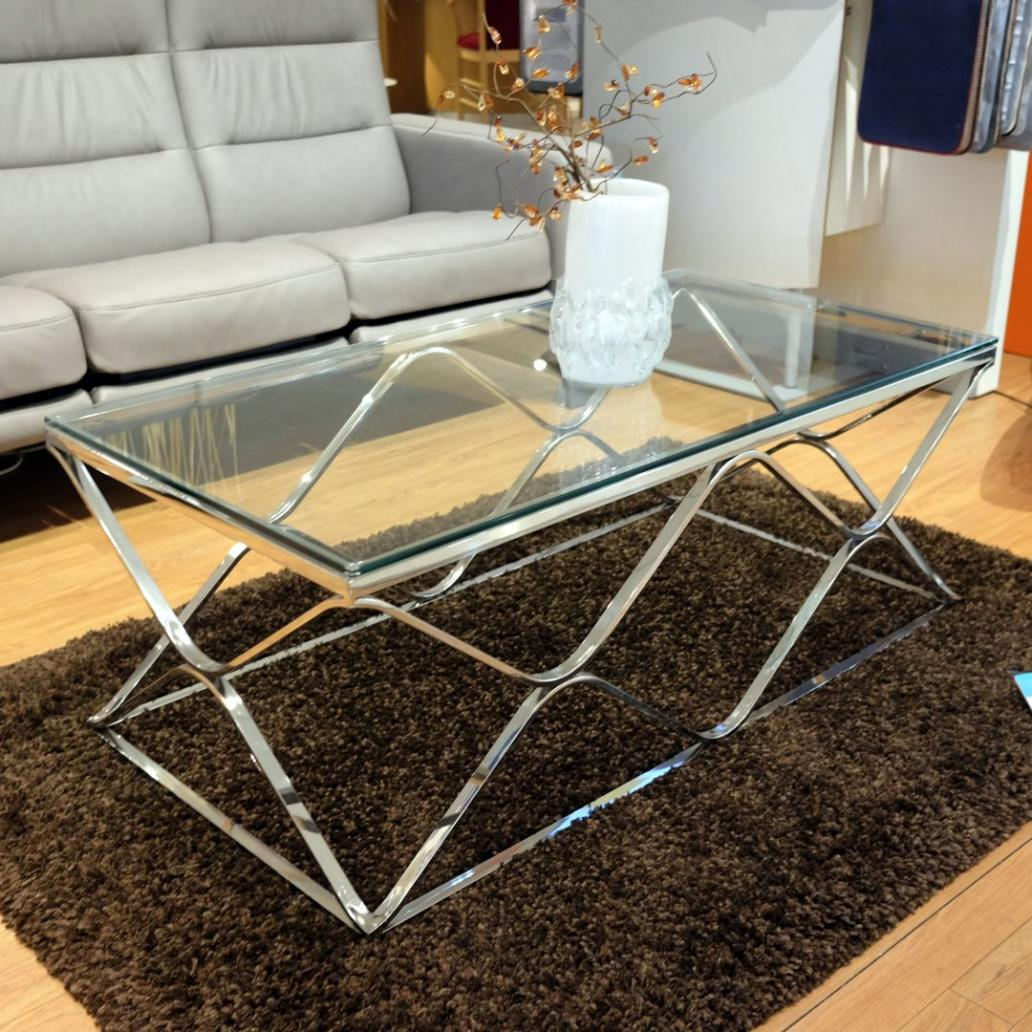 glass-table-with-chrome-frame